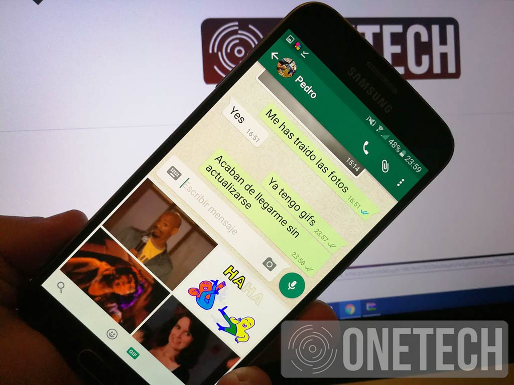 WhatsApp Android con GIF