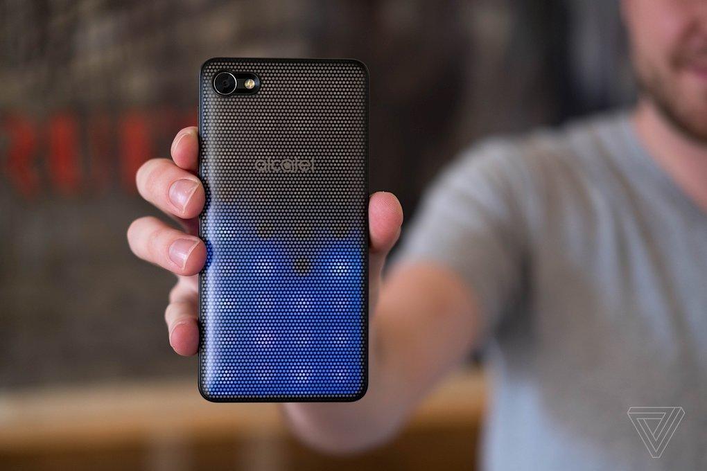 Alcatel prepara su rango de dispositivos móviles de gama media tipo modulares 2
