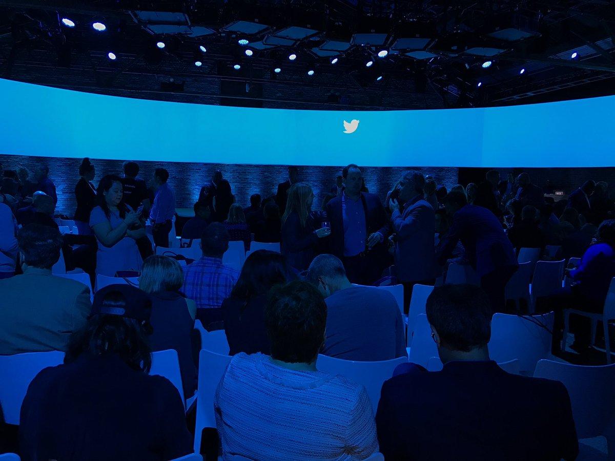 Twitter transmitirá streaming de Bloomberg las 24hs a partir de Otoño 1