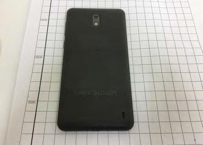 Nokia 2 al descubierto, ya se conocen sus dimensiones 1