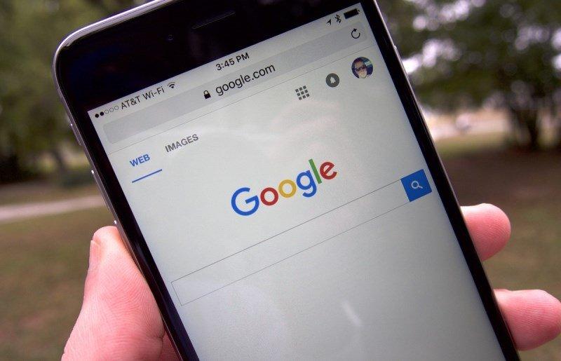 3.000 millones de dolares,eso le cuesta a Google ser el buscador de iOS