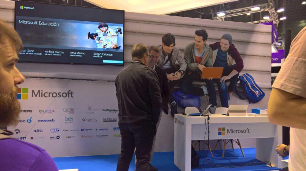 SIMO Educación 2017 une la educación y tecnología mediante realidad aumentada, gamificación y robots interactivos 1