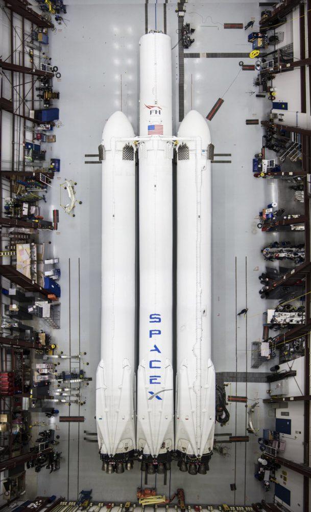 El Falcon Heavy está casi listo y Elon Musk nos lo muestra 2