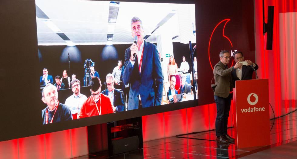 Vodafone y Huawei realizan en España la primera llamada de móvil 5G del mundo 1