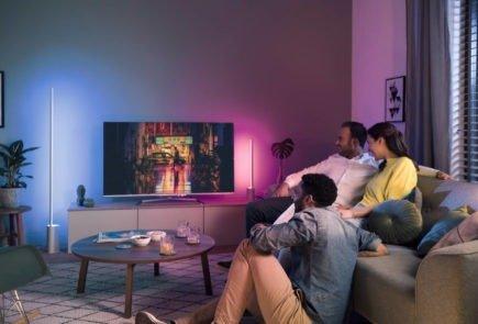 Ya puedes cambiar el color de tus bombillas con Google Home 9