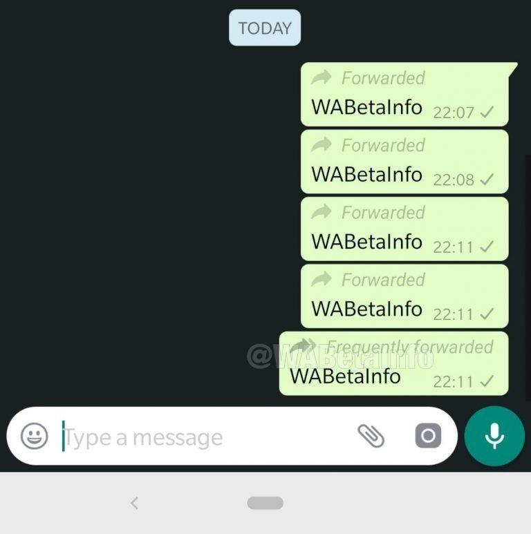 WhatsApp ofrecerá mas información sobre los mensajes reenviados y el modo oscuro 1