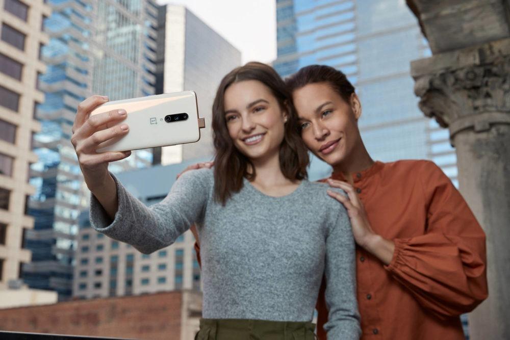 edición Almond del OnePlus 7 Pro