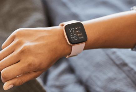 Fitbit Versa 2 con Alexa llega para competir con los mejores 1