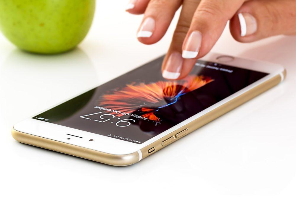 Apple no quiere que cambies la batería fuera de sus servicios, y te lo hará saber 1