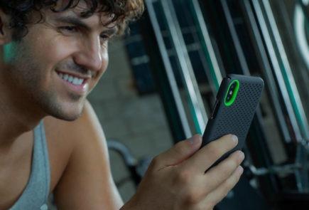 Protege tu iPhone 11 con las carcasas con enfriamiento térmico de Razer 1