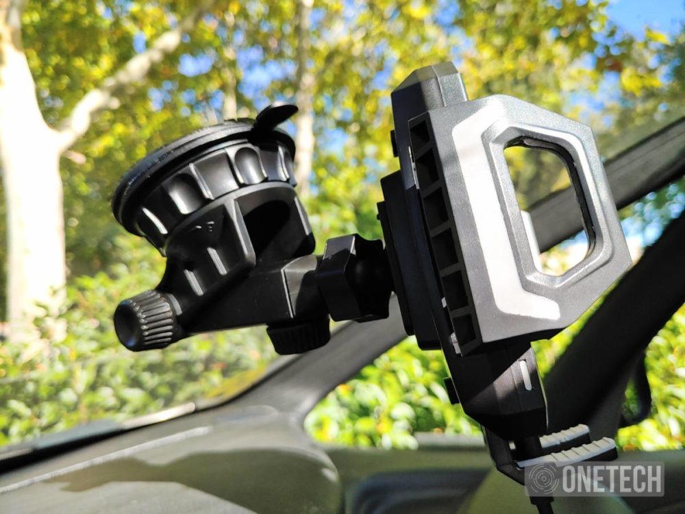 Choetech T521-S un soporte de coche con carga inalambrica 4