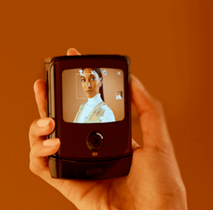 El Motorola RAZR con pantalla plegable, se filtra en imágenes 7