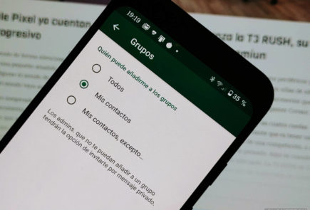 WhatsApp ya permite compartir estados en Facebook 2