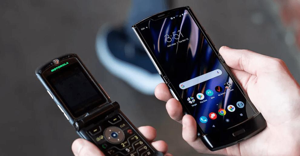 El Motorola Razr es oficial, un smartphone plegable diferente 3