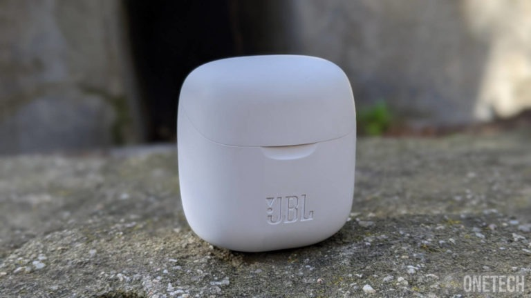 JBL Tune 220, unos auriculares TWS con el sonido como principal baza 2