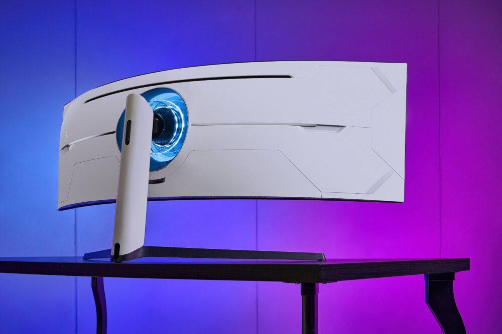 Odyssey G9, el monitor gaming de Samsung con curvatura 1000R y DQHD llega a España 2