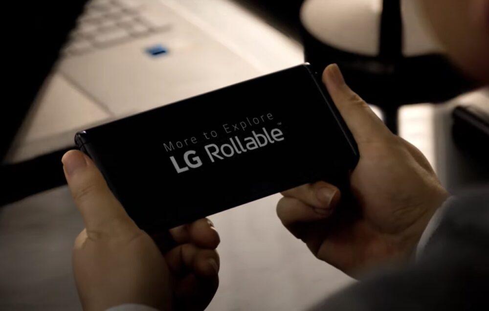 LG smartphone enrollable