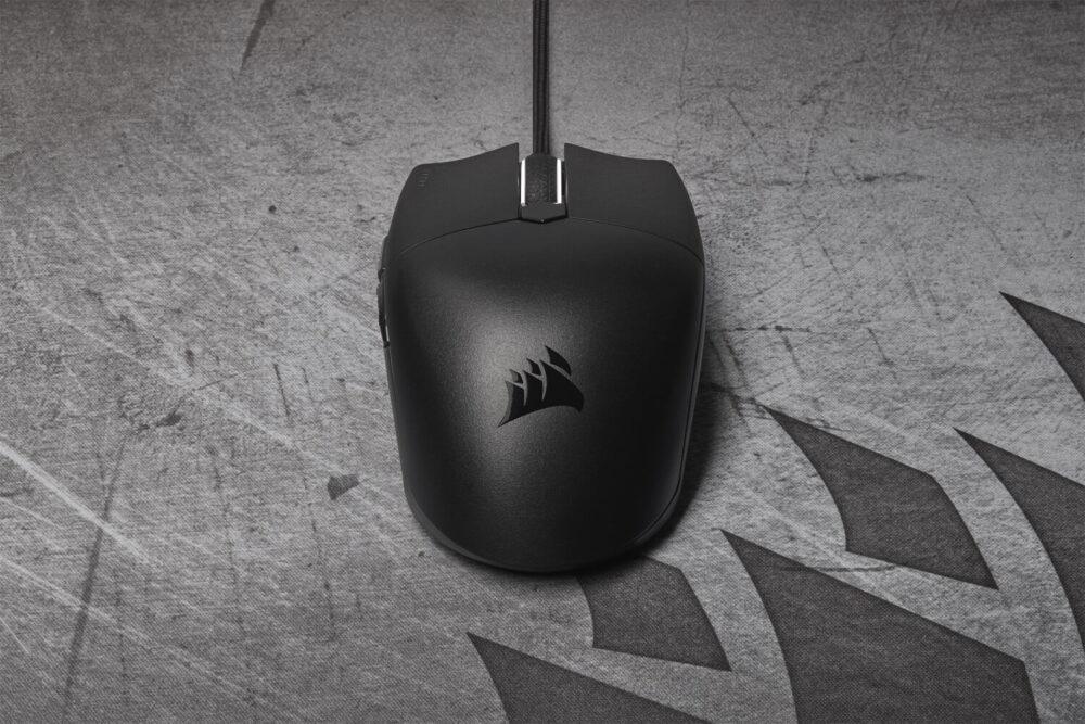 Corsair presenta su ratón gaming Katar PRO XT y la nueva alfombrilla MM700 RGB 10