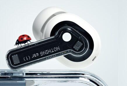 Nothing ear (1): presentados los auriculares inalámbricos transparentes de Carl Pei 26