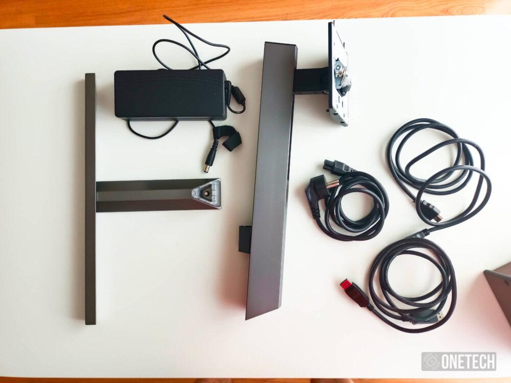 Philips Momentum 278M1R Ambiglow: un monitor que no solo destaca por su iluminación - Análisis 1